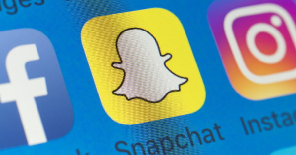 Snapchat to Stay the Course With iOS 14